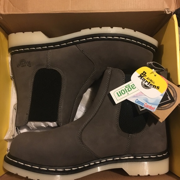 reasonable price super cute select for latest Dr. Martens Arbor Chelsea Boot. NWT